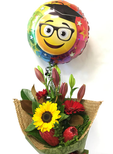 Graduation flowers, Balloon, Native, Kete bag, Whanau gift, Congratulations, Bouquet