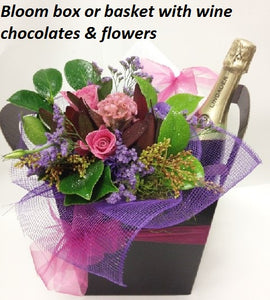 Flowers with wine & Chocolates (with Alcohol)
