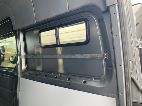 Sprinter CRL 10 x 33 Window Support