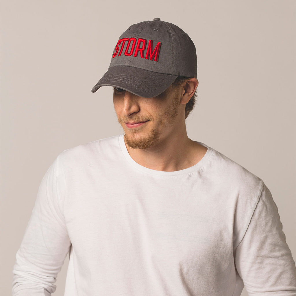 alt front view on model STORM gray baseball hat