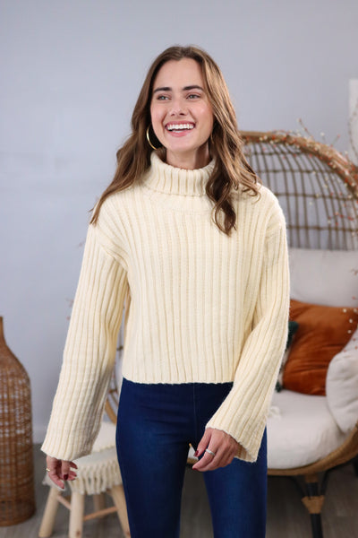 First Hello Cream Cropped Sweater