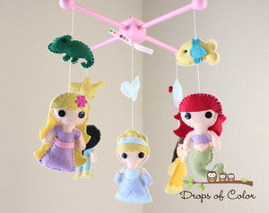 Princess Mobile, Baby Crib Mobile, Princesses Nursery Room Decor