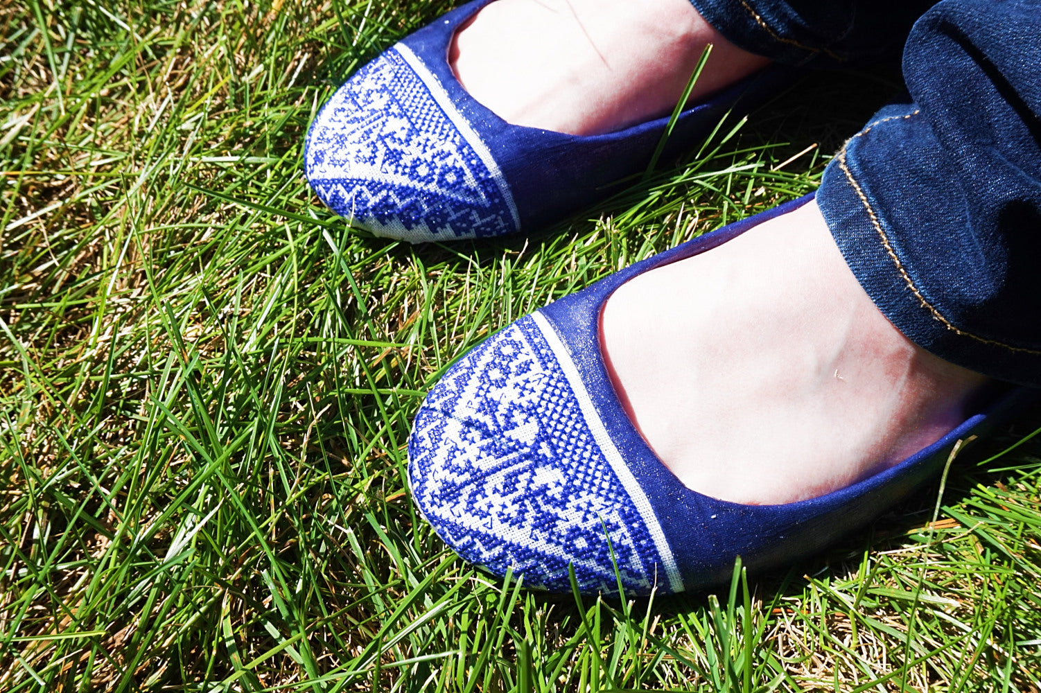 DIY flats covered with cross stitch