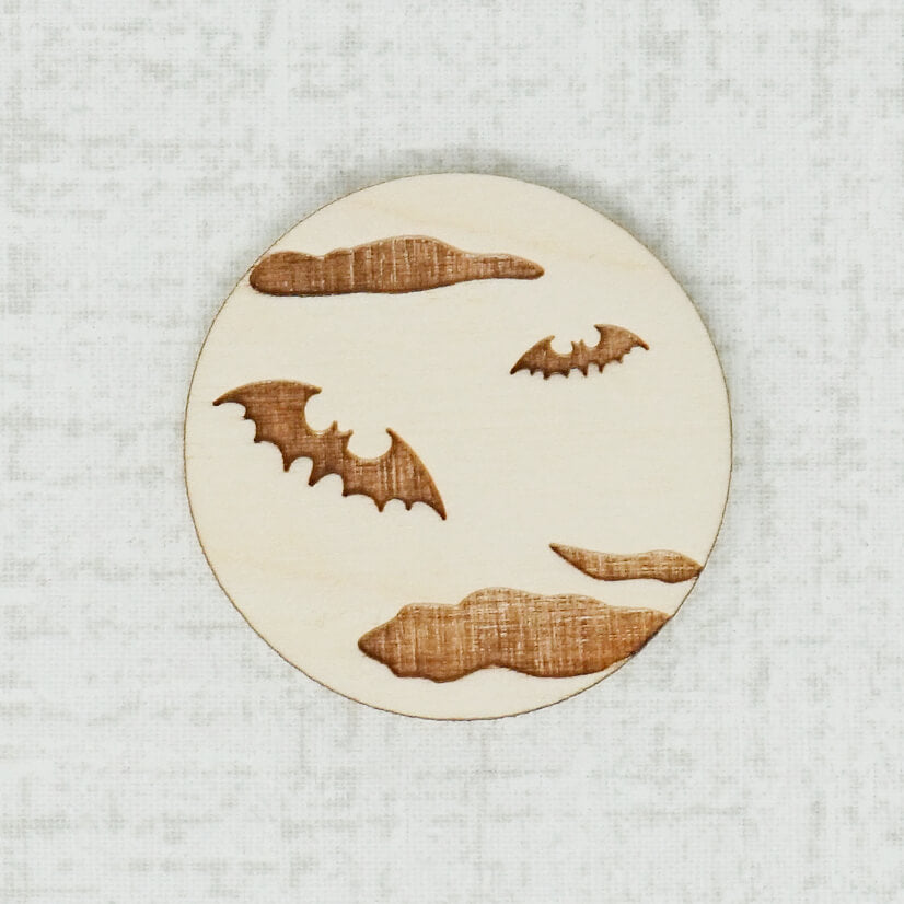 Bat birch wooden needle minder top view