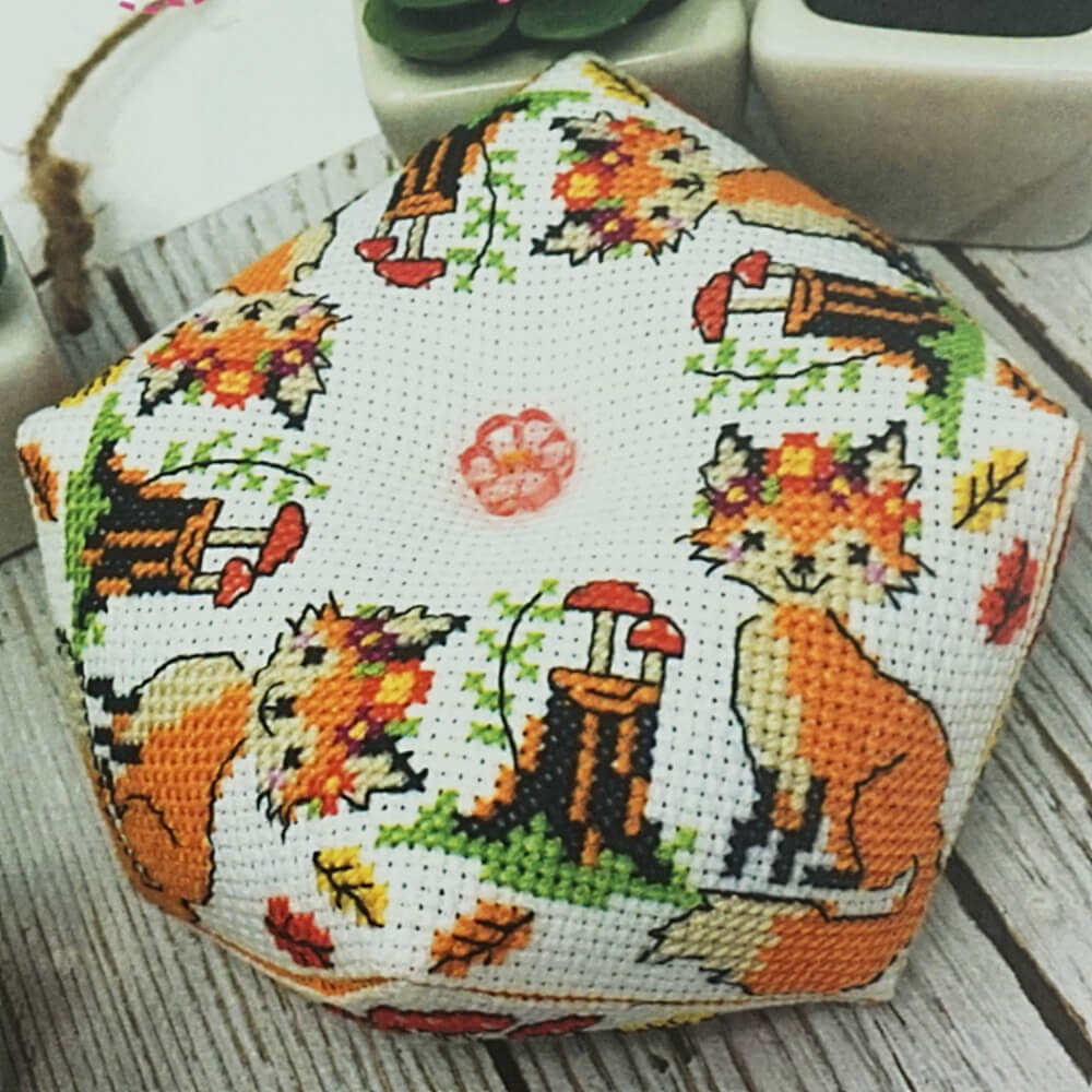 Fox Biscornu counted cross stitch pattern