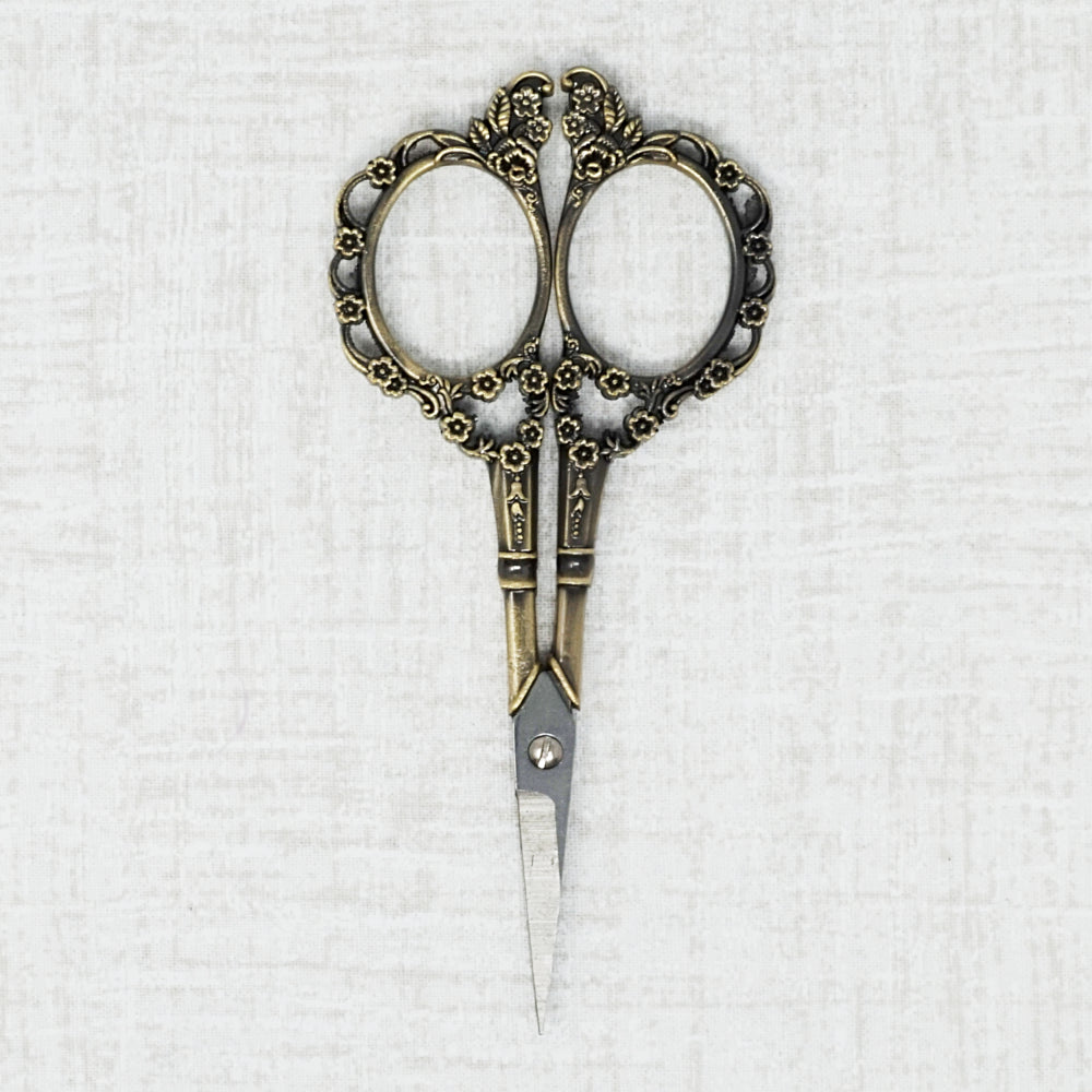 Victorian Embroidery Scissors in Bronze