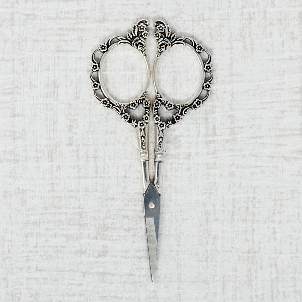 Victorian Embroidery Scissors in Silver