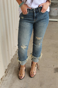Sassy Stright Legged Judy Blue Jeans (Curvy)
