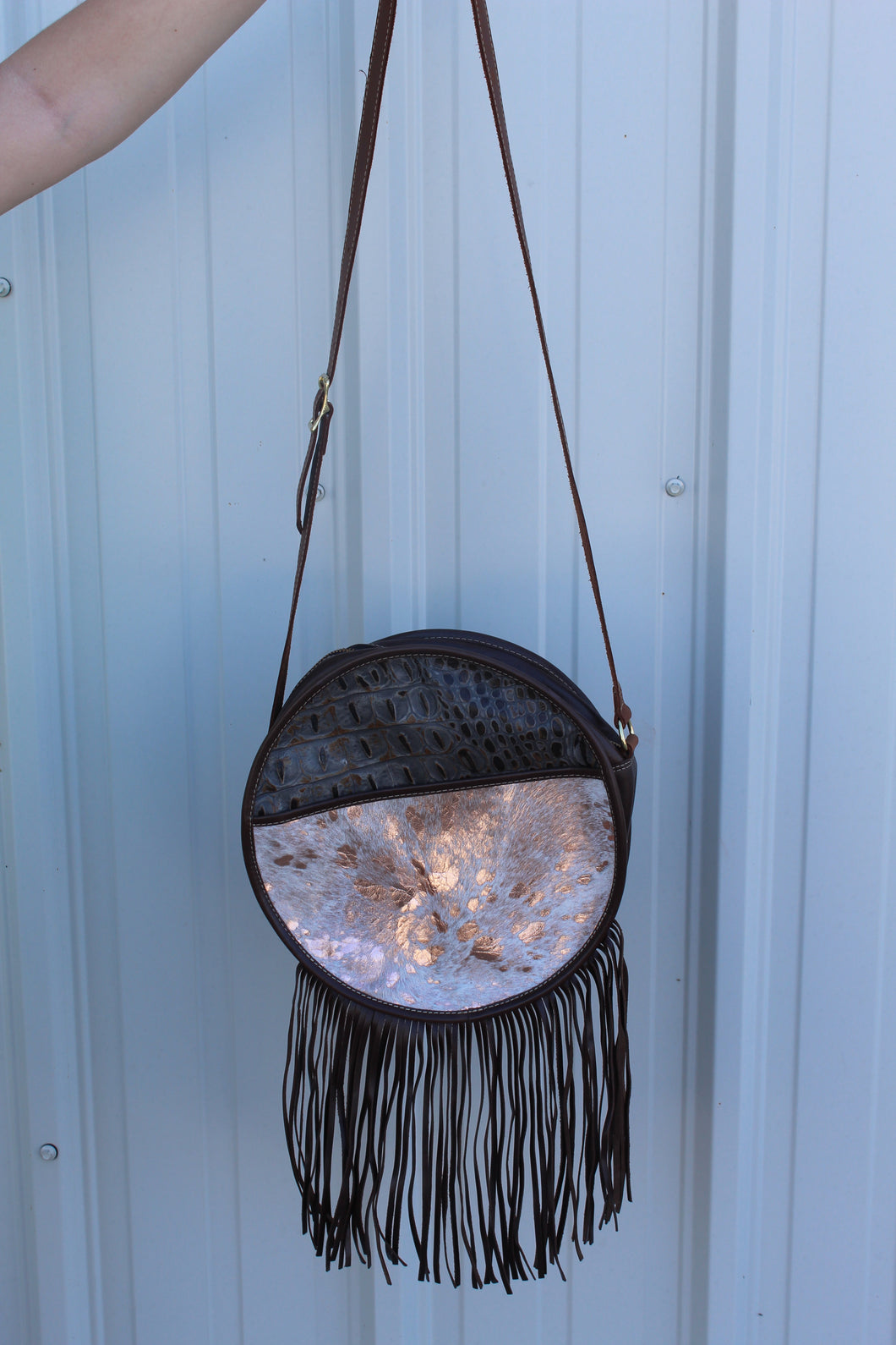 Round Top Crossbody - croc & rose gold hide