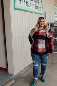 Cozy Check Sweater (Curvy)