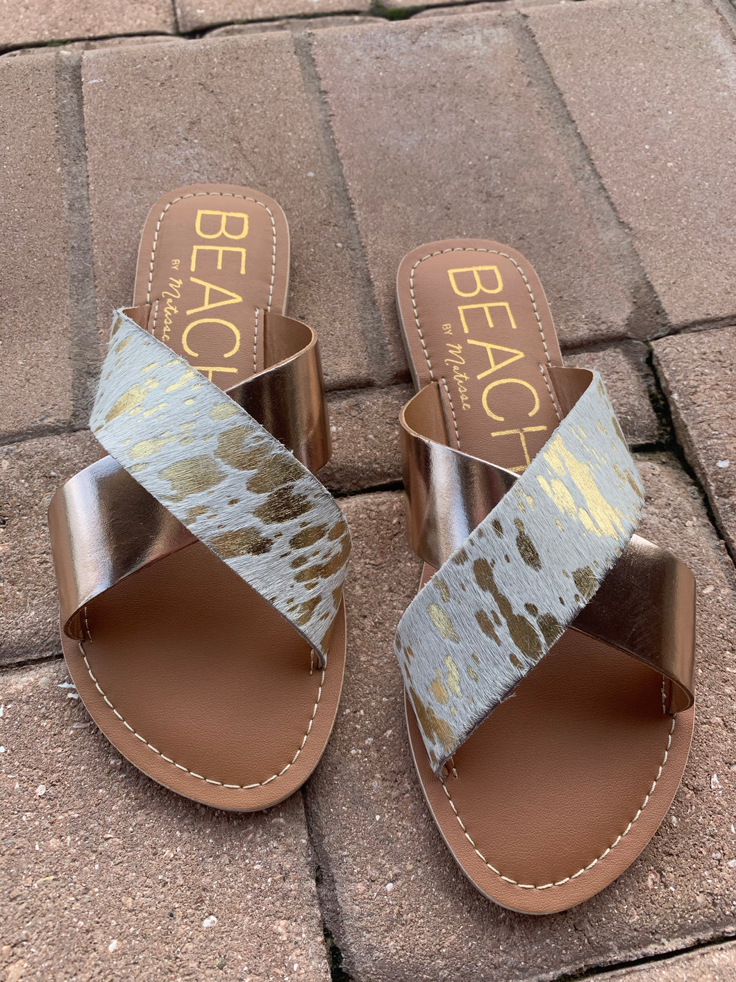 Ride 'em Out Gold Cowhide Sandals