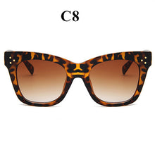 Load image into Gallery viewer, Retro Cat Eye Sunglasses For Women