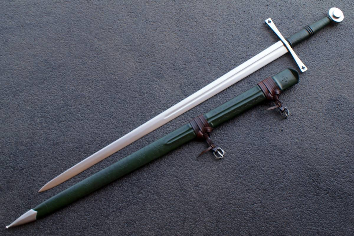 VA-120-Craftsman Series - The Savoy Medieval Long Sword