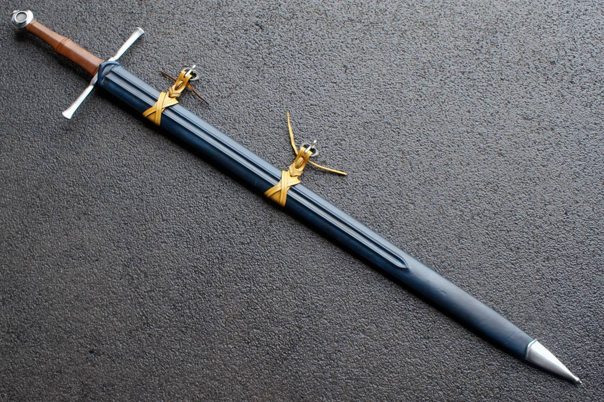 VA-402-Craftsman Series - The Kriegschwert Medieval Long Sword