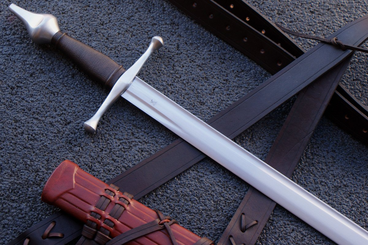 VA-605 The Valiant Armoury Craftsmen Series Castillon Falchion