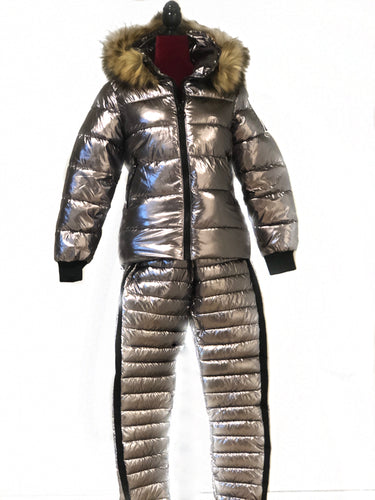 The CHAMONIX Suit (2 colors)