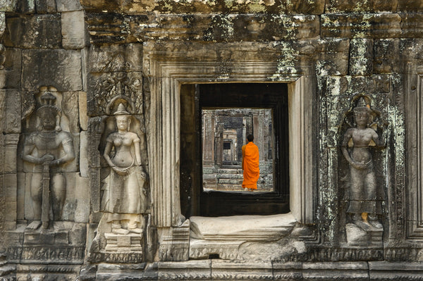 Monk in Ankgor Wat