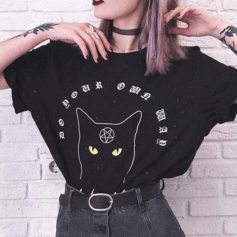 Cat Gothic Pentagram T-shirt