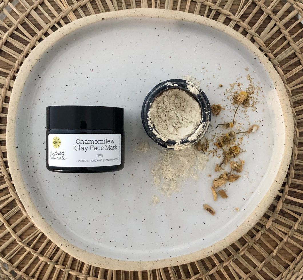 Natural and organic chamomile and clay face mask