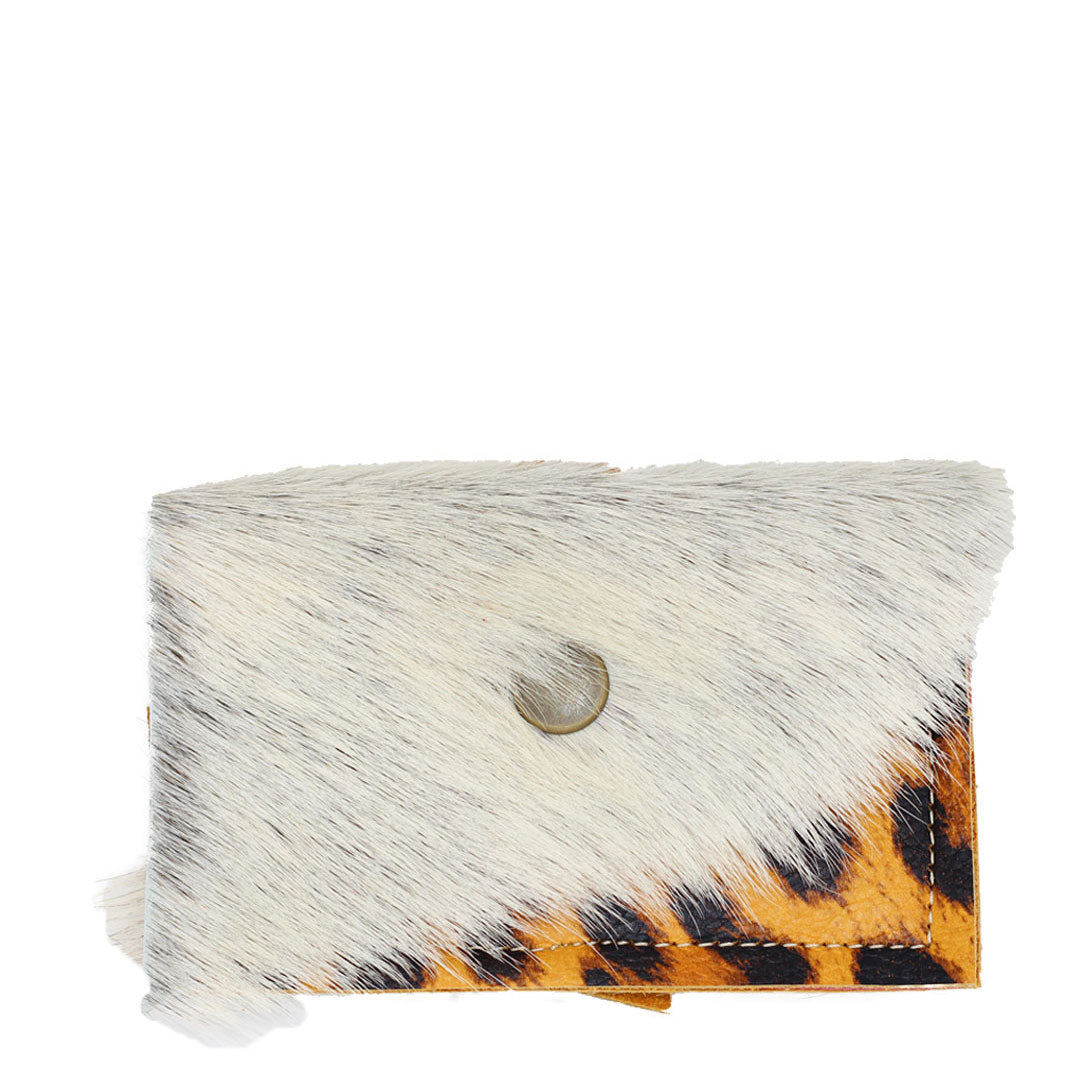 Carry more for less with our Leather clutch wallet animal print cheetah, fits up to seven credit cards, business cards, and cash.