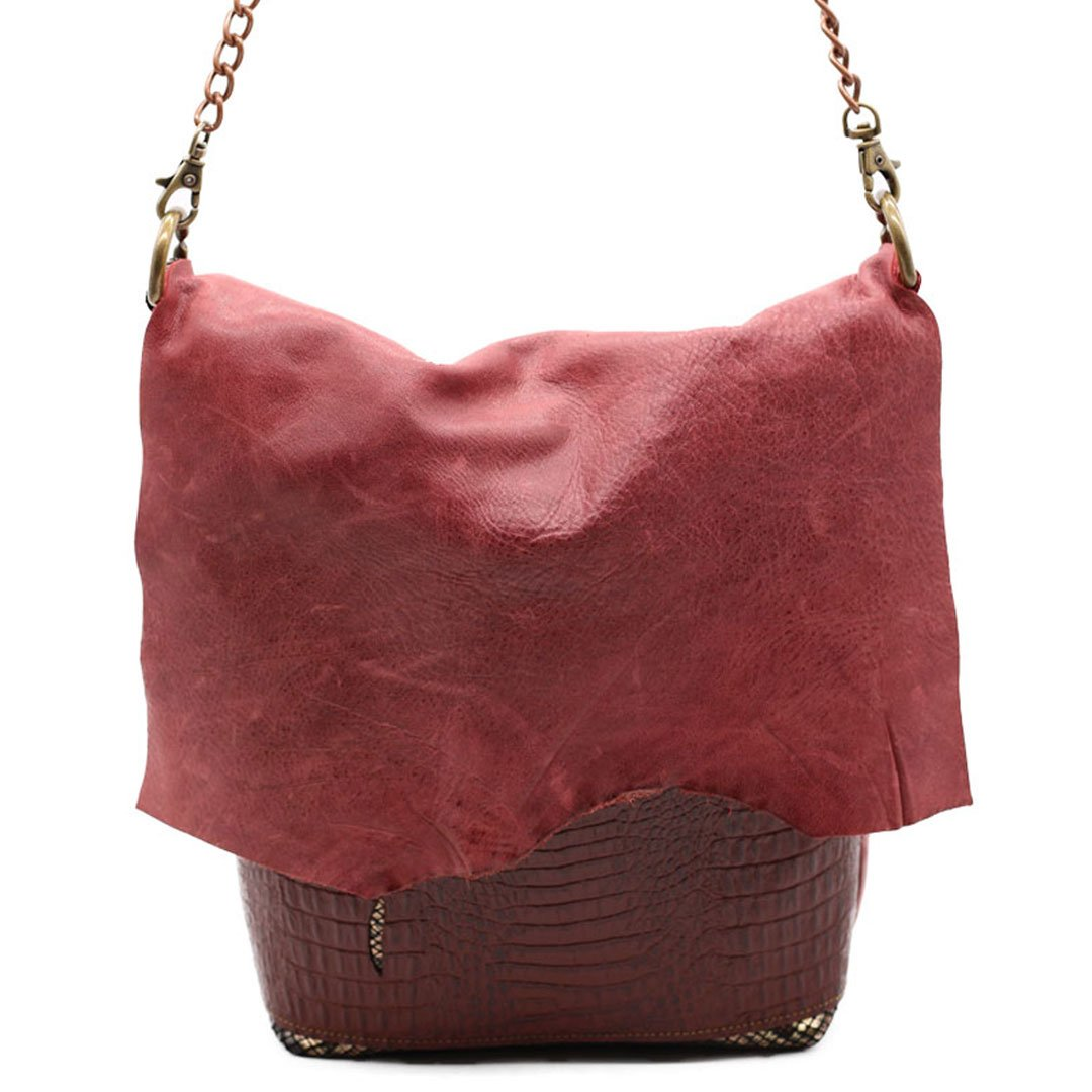 Chain bags celebrating individualism made with sustainable leather Every bag tells a story