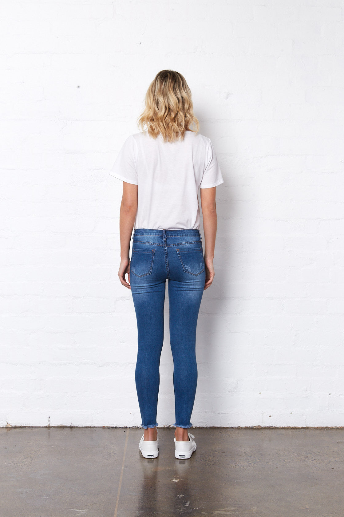 Saint Rose blue jeans with rips plain back