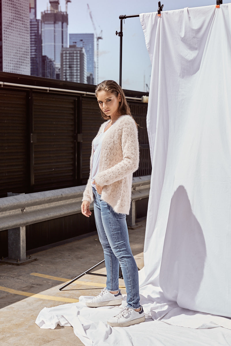 THE FARAH CARDI - NUDE/GOLD