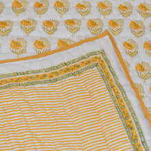 Load image into Gallery viewer, Quilt - Stripe Buta - Yellow