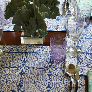 Place mats square flower at Pigotts Store