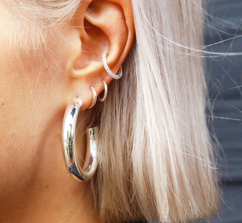PAVE SILVER EARCUFF