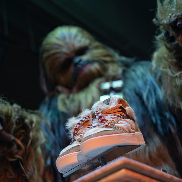 Fotos_Blog_Adidas_x_Star_Wars_Chewbacca_Rivalry_Hi_FX9290_2