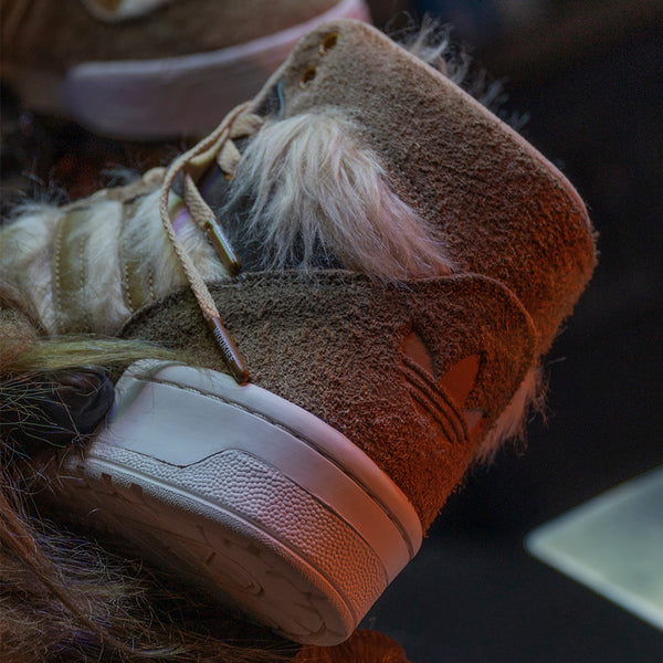Fotos_Blog_Adidas_x_Star_Wars_Chewbacca_Rivalry_Hi_FX9290_6