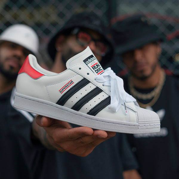 HYPE_Adidas_SuperStar_Run_DMC_FX7616_1