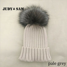 Load image into Gallery viewer, 100% Merino Wo Winter Warm Beanie Hat with Big Fox Fur Pompon Beautiful Winter Cap For Woman
