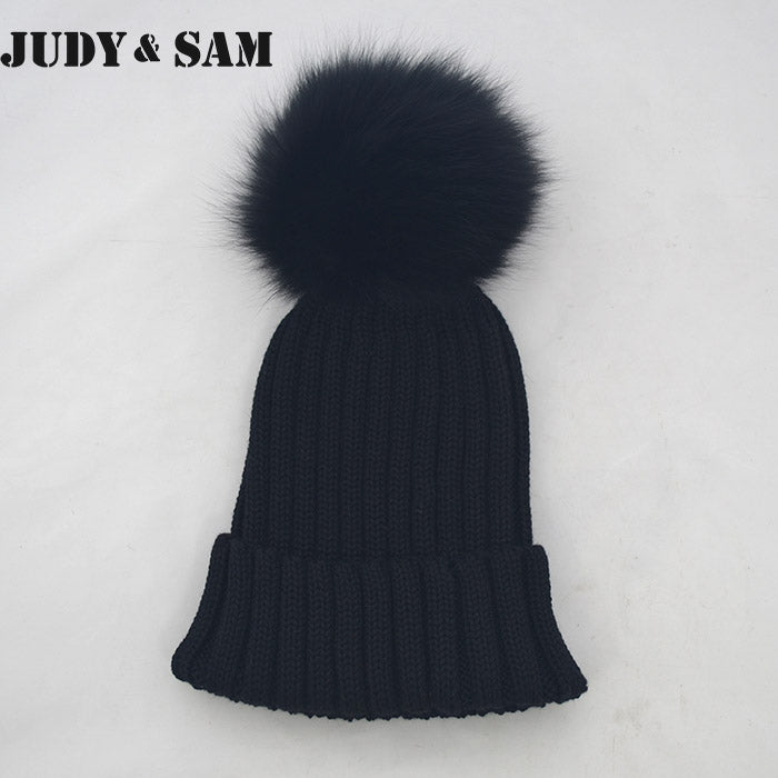 100% Merino Wo Winter Warm Beanie Hat with Big Fox Fur Pompon Beautiful Winter Cap For Woman