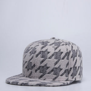 2020 Autu and Winter Thick Snapback Cap Male Outdoors Warm Sport Hat Good Quality Men Plaid Baseball Cap