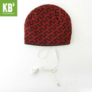 2018 KBB Spring HOT    Winter Comfy Red Black Blocky Line Design Knit Music MP3 Knit Headphone Winter Hat Beanie for Women Men