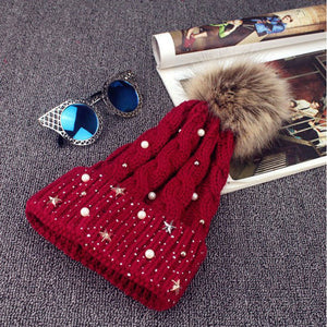 2020 New Ladies Winter Style Pearl Wo Caps Womens Knitted Beanie Ski Hat Faux Fur Bobble Pom Wine&Black Outdoor Warm Hats Hot