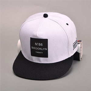 2018 New Men Womens BROOKLYN Letters Solid Color Patch Baseball Cap Hip Hop Caps Leather Sun Hat Snapback Hats free shopping
