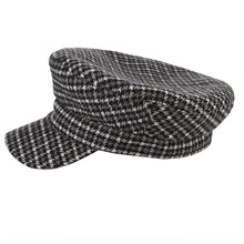 Load image into Gallery viewer, Autu Winter Unisex Fashion Wo Berets Men Women Classical Plaid Newsboy Hat Outdoor Keep Warm Casual Peak Cap Flat Top Berets