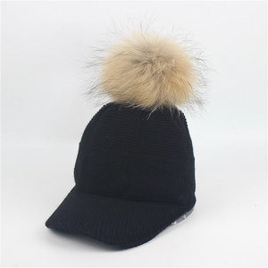 New Stylish Autumn Winter Large Raccoon Hair Ball Hat Women Fashion Real Fur Ball Baseball Caps Outdoor Warm Knitted Hat