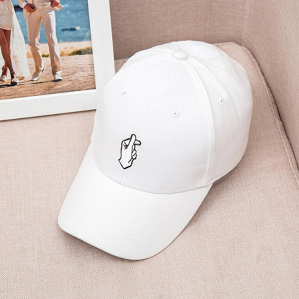 Fashionable Retro Korea Love Finger Snap Hat Cap Adjustable Size Baseball Cap
