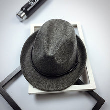 Load image into Gallery viewer, 2017 New Fedoras Fashion Wo Felt Solid Color Jazz Small Hat Men Women's Popular Vintage Fedora