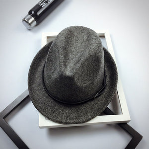 2017 New Fedoras Fashion Wo Felt Solid Color Jazz Small Hat Men Women's Popular Vintage Fedora