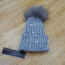 Load image into Gallery viewer, Free Shipping SJ790 Cheap Drop Shipping New Arrival Woman Christmas Hats with Pom Poms