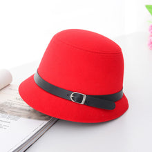 Load image into Gallery viewer, HT1225 Women Solid Wo Felt Cloche Hats Black Red Fedoras Vintage Western Bucket Hats for Women Female Bowler Hats with Belts