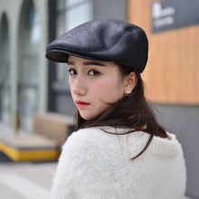 Load image into Gallery viewer, HT1357 Warm Winter Faux Leather Beret Caps Black Brown Men Women Flat Ivy Driver Cabbie Hats Thicken Fleece Lined Dad Hats Caps