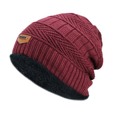 Load image into Gallery viewer, Men's winter hat 2017 fashion knitted black hats Fall Hat Thick and warm and Bonnet Skullies Beanie Soft Knitted Beanies Cotton