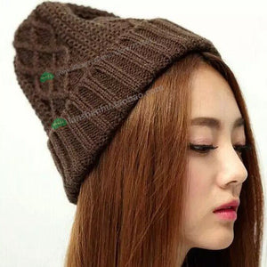 NEW HOT Skullies BEANIE HATS WITH BALL FASHION CHEAP WARM WO KNIT OUTDOOR HAT GOOD QUALITY