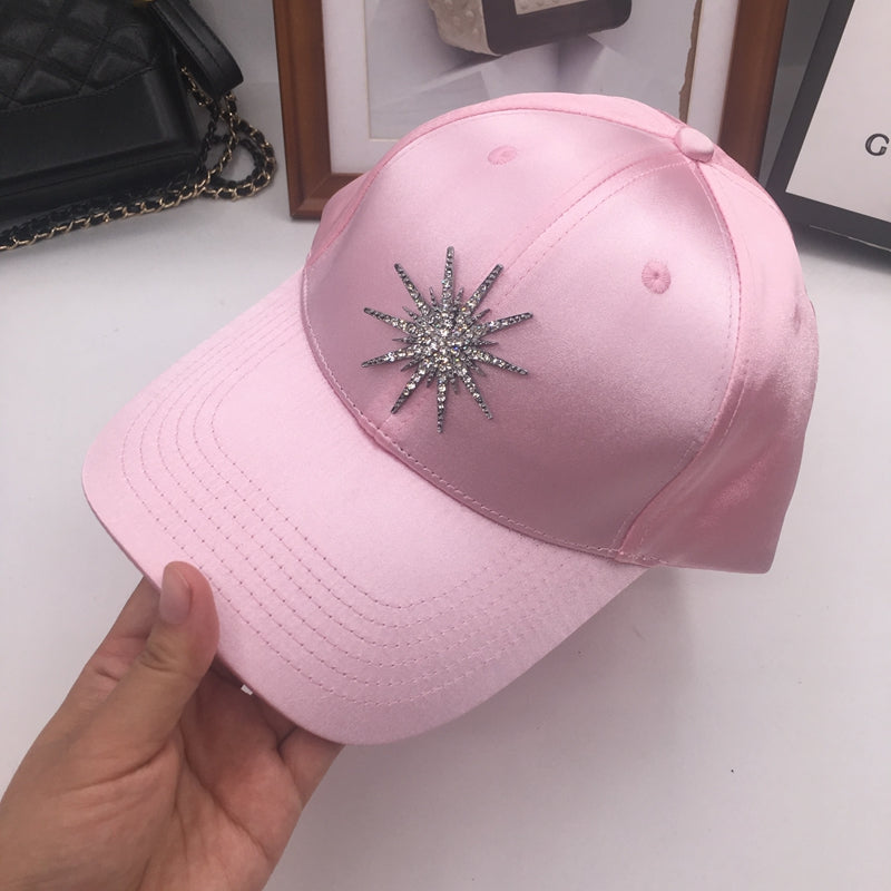 The new pink melting snow cap shading sun hat brand baseball female street shopping boom equestrian